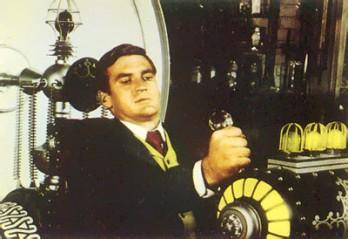 Zeitreisender auf Film von 1928 gebannt?!