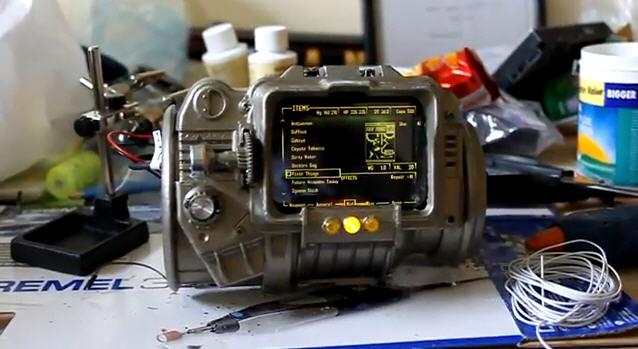 Fallout Fanboy baut den Pip-Boy 3000 nach
