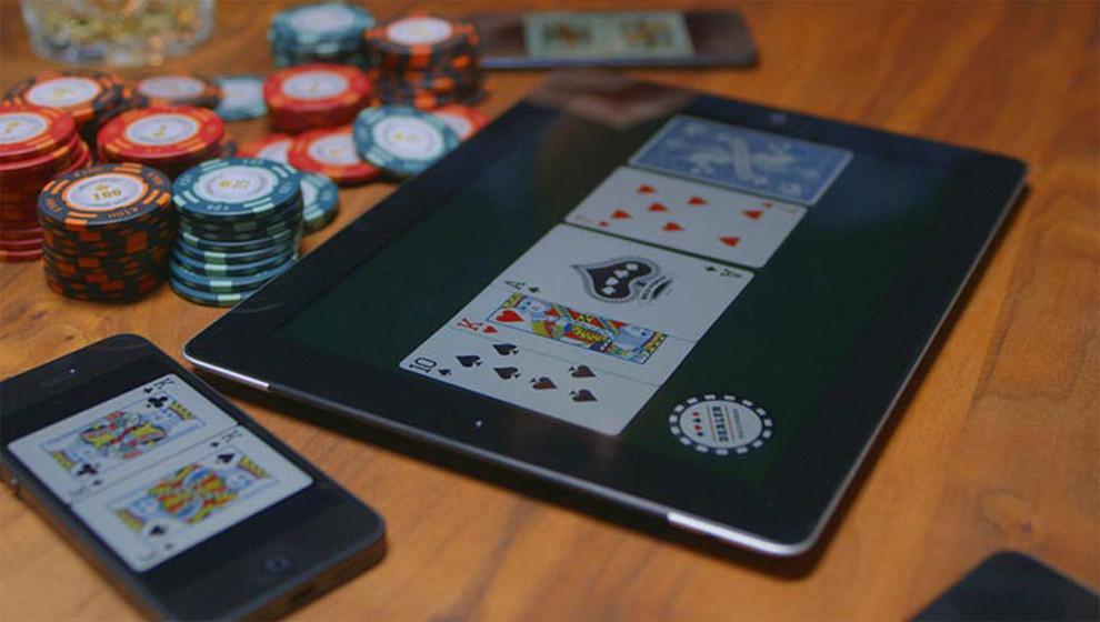 Mit dem Smartphone am Pokertisch